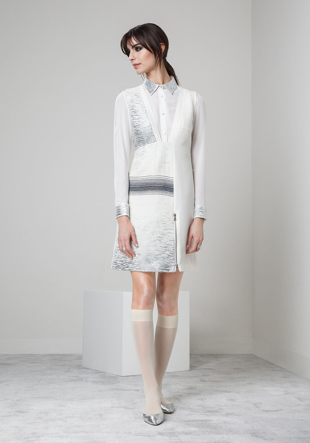 White wool crepe jacquard dress - white silk shirt with jacquard silver details
